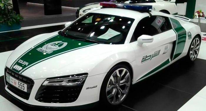 Coche de policía Audi R8