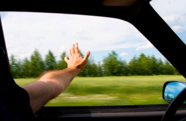 aire acondicionado ventanillas bajadas consumo