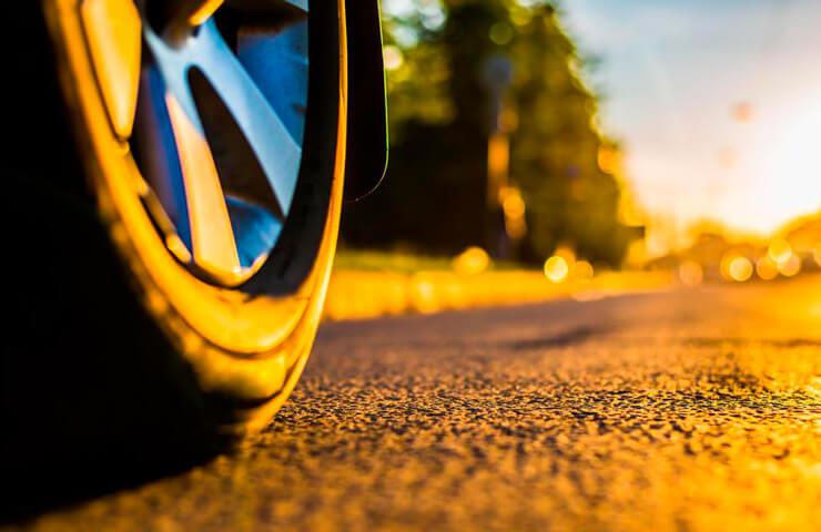 desgaste neumáticos coche verano