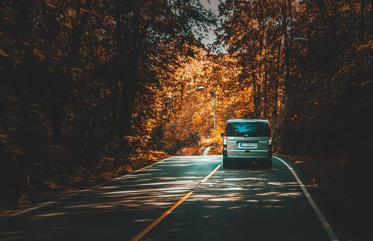 Consejos para Conducir en Otoño